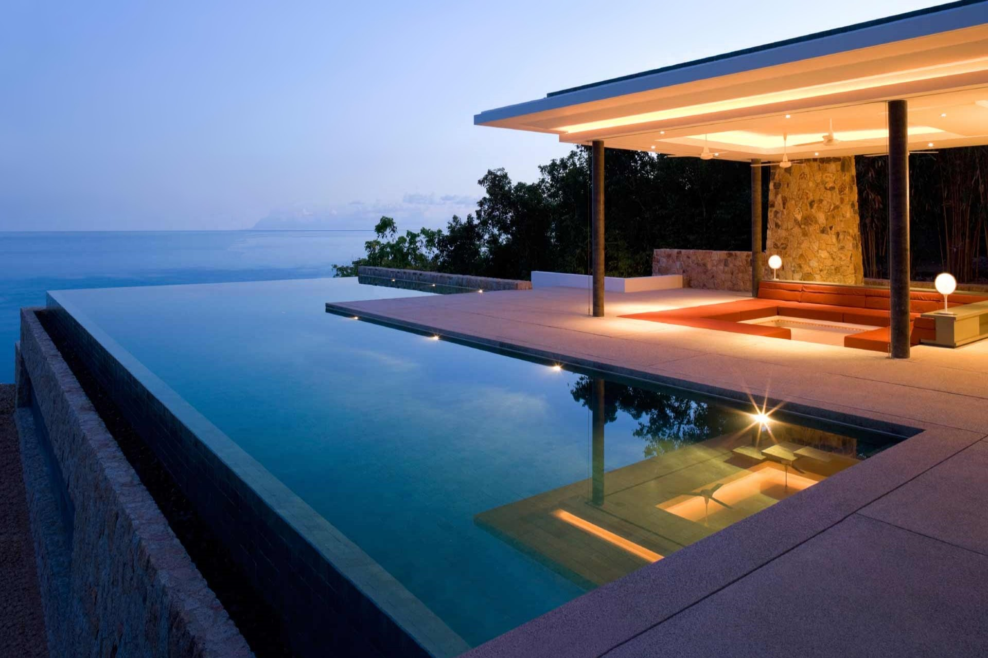Pool Trends Five New Pool Construction Materials