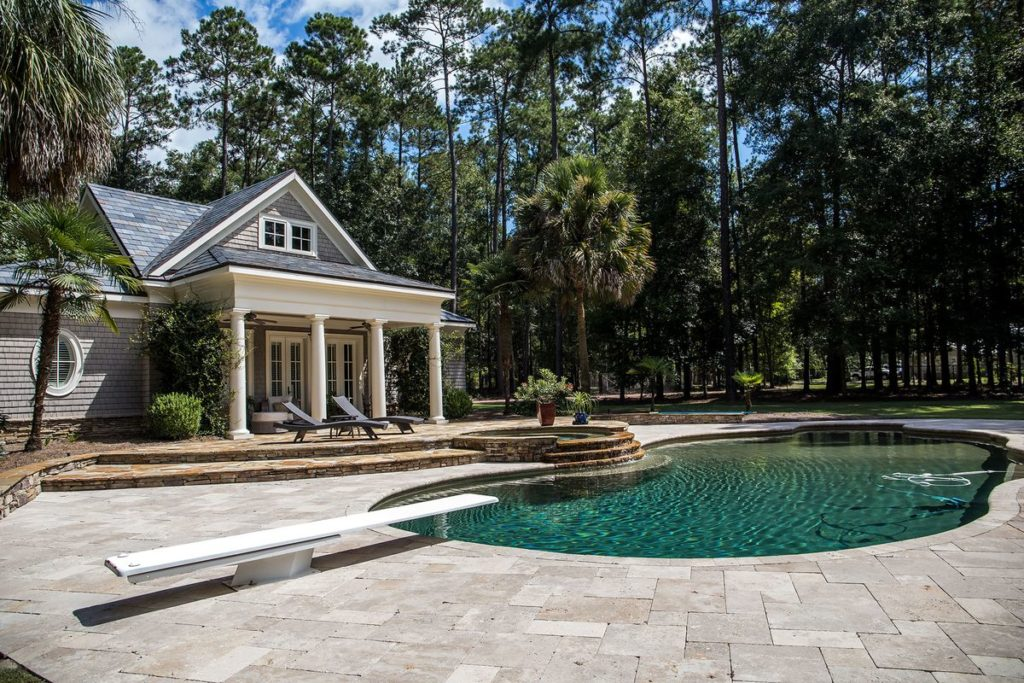 Your Guide to Pool Decking